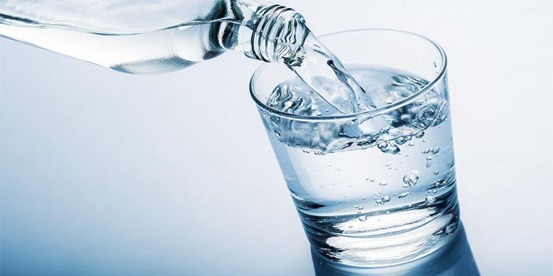 Как правильно пить воду – какая жидкость и в каких количествах нам нужна